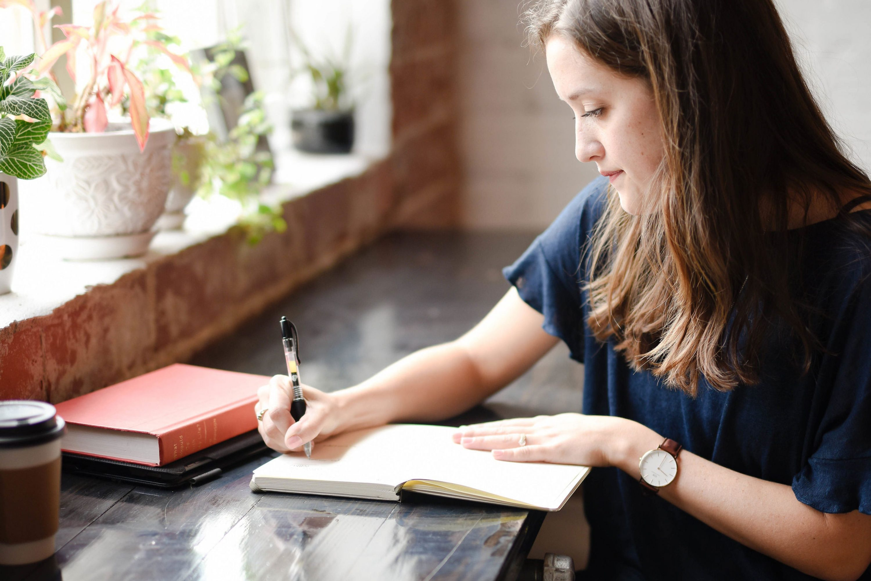Virtual Assistants: A Must for Authors Who Want to Focus on the Writing